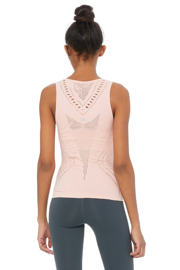 SEA YOGI // Alo Yoga Lark Tank in Powder Pink, back