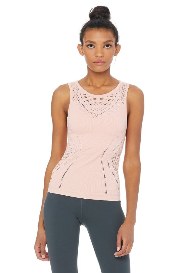 SEA YOGI // Alo Yoga Lark Tank in Powder Pink, front