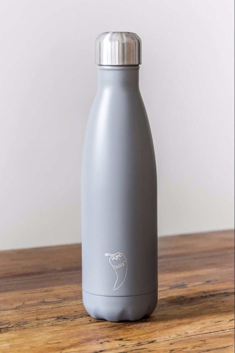 SEA YOGI water bottles in grey, 24 hours cold or hot by Chilly, 750ml