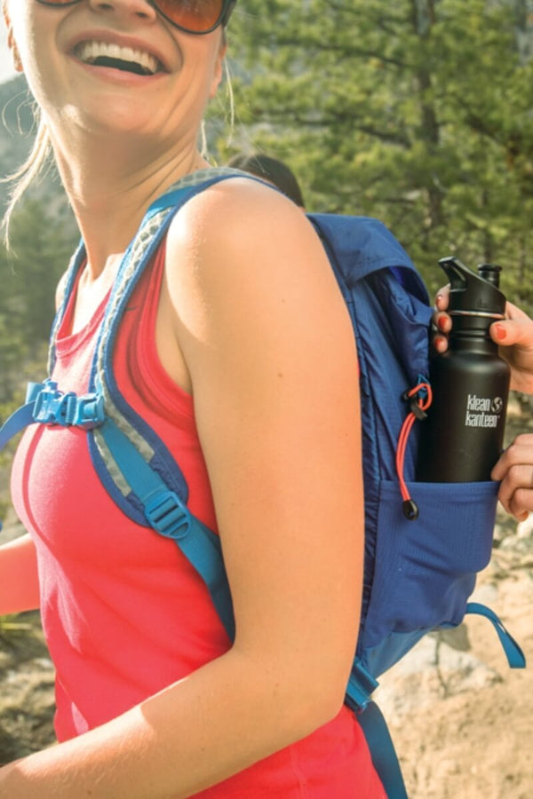 SEA YOGI // Shale black in matt insulated water bottle by Klean Kanteen