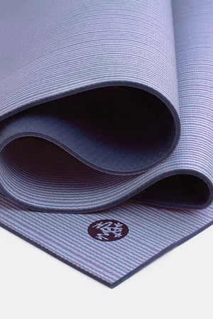 SEA YOGI // Transcend PRO Yoga mat in 6mm by Manduka, Tienda de Yoga, close up
