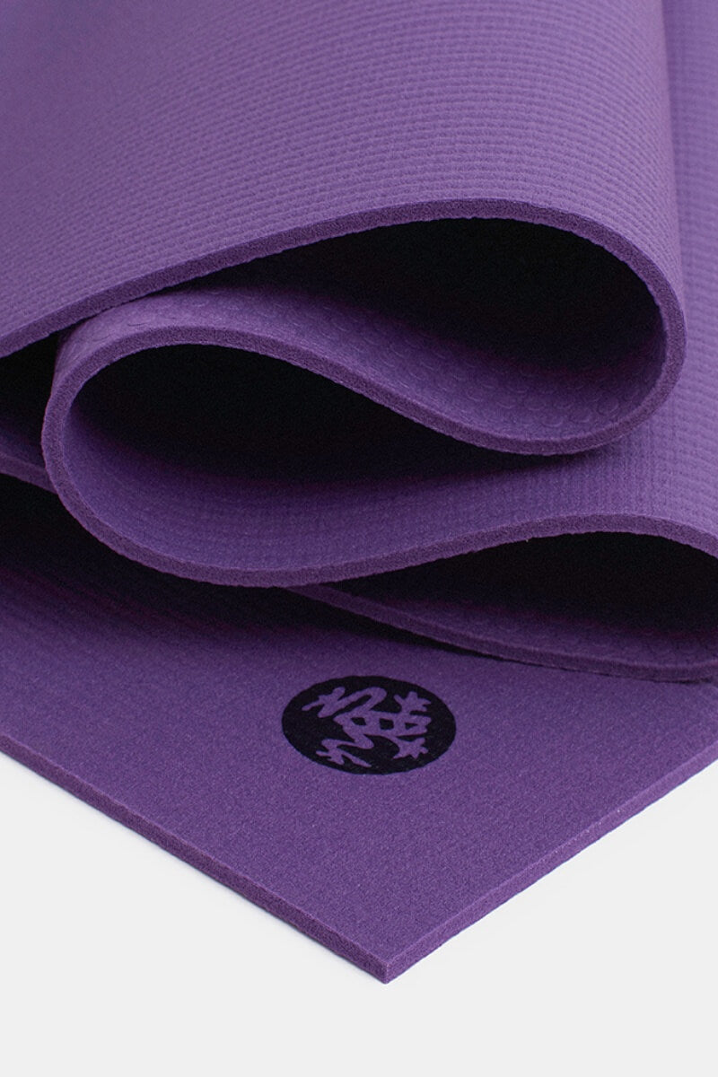 SEA YOGI // Intuition Prolite Yoga mat in 5mm by Manduka, Online Yoga Shop, close up