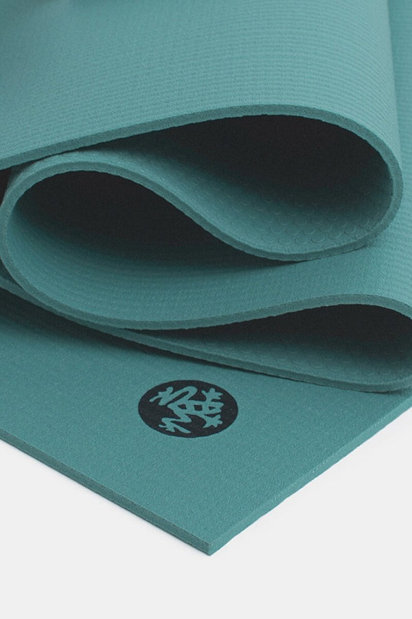 SEA YOGI // Lotus Prolite Yoga mat in 5mm by Manduka, Online Yoga Shop, close up