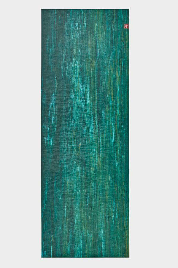 SEA YOGI // Thrive Marbled Ekolite Yoga mat in 4mm by Manduka, full