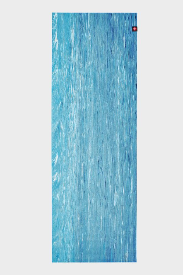 MANDUKA // EKO SUPERLITE TRAVEL YOGA MAT - 1kg - DRESDEN BLUE MARBLED