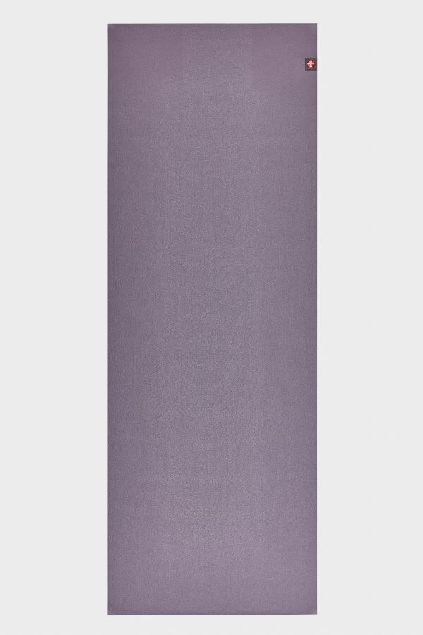 SEA YOGI // Manduka eKO SuperLite Yoga mat, 1kg Hyacinth, full
