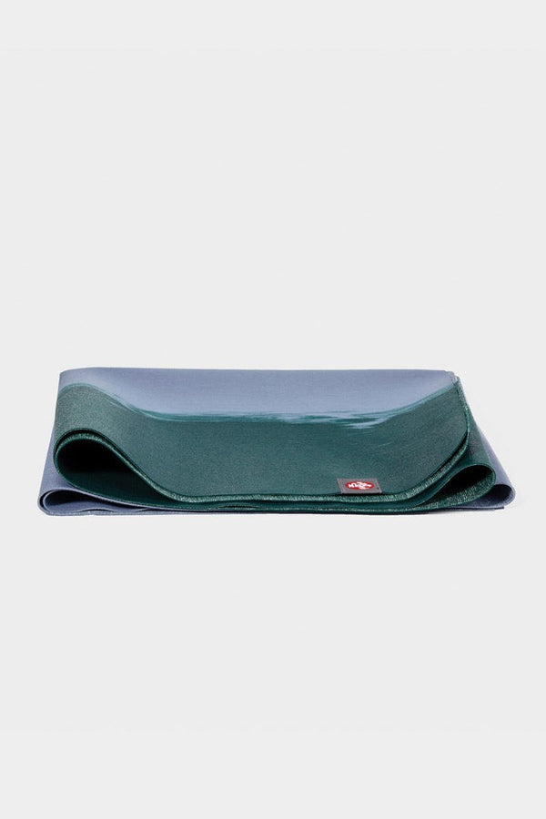 SEA YOGI // Cedar eKo Superlite travel yoga mat by Manduka, 1kg, boutique in Palma, folded