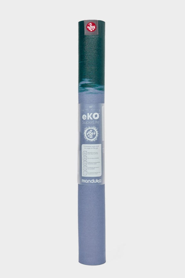 SEA YOGI // Cedar eKo Superlite travel yoga mat by Manduka, 1kg, yoga shop in Palma, standing