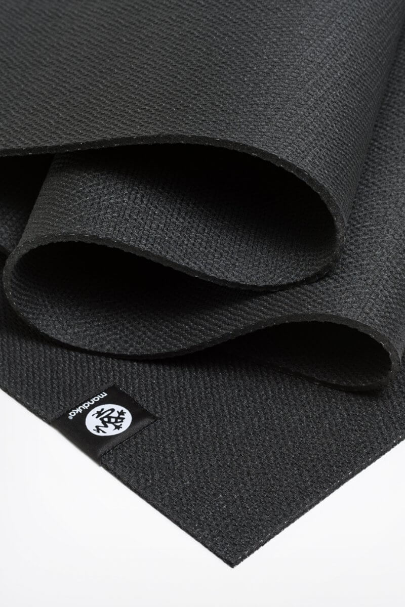 SEA YOGI // Manduka X Yoga Mat in Black, zoom