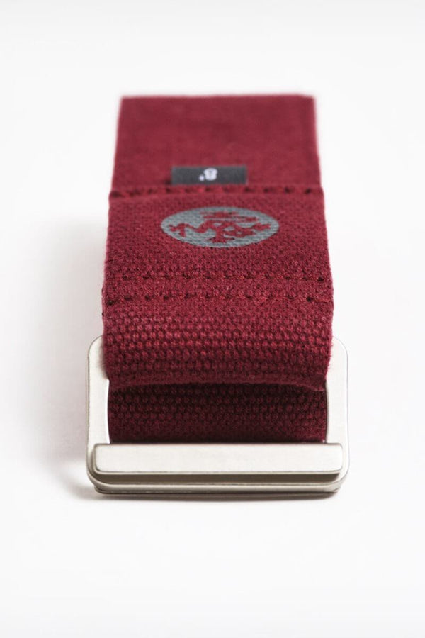 SEA YOGI // Manduka align Yoga Strap in Verve, side