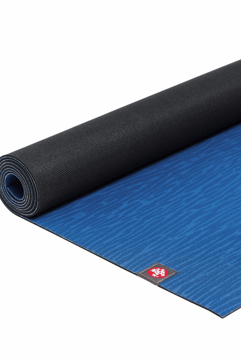 Manduka-eko-Lite-yoga-mat-4mm-Truth-Blue-flat-sea-yogi-mallorca
