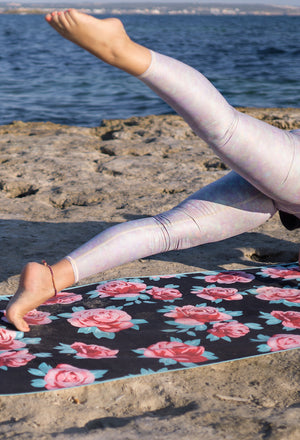 NOMADIX Double Sides beach and yoga towel, Rose water style, front image - Sea Yogi