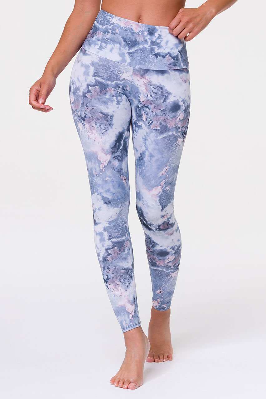 ONZIE // HIGH RISE GRAPHIC LEGGING - DREAMY MARBLE