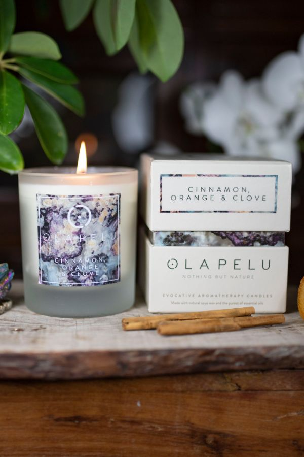 OLA PELU // Cinammon, Orange and Clove natural candle box and candle shot, yoga shop