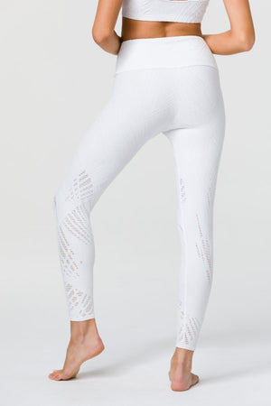 SEA YOGI // Onzie Selenite 7/8 Legging in Pearl - back picture