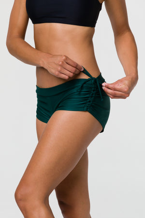 ONZIE // SIDE STRING SHORT - ALPINE