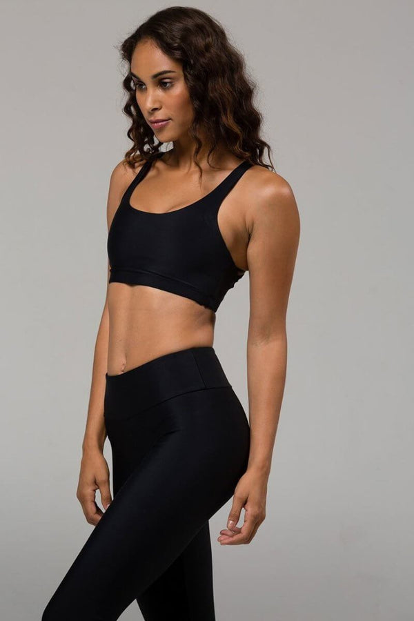 SEA YOGI // Onzie chic Yoga Bra en negro, left