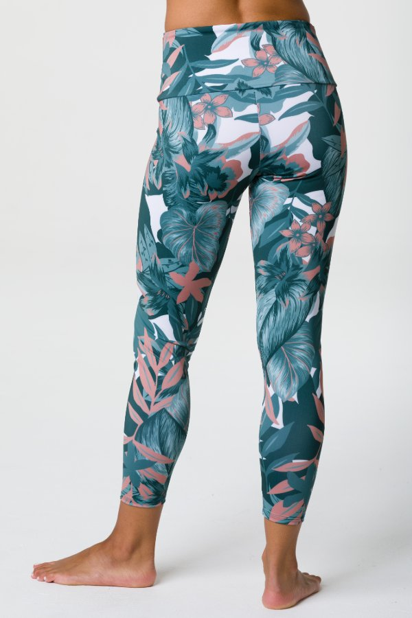 SEA YOGI // Onzie High basic Midi mallas con tropical camo print