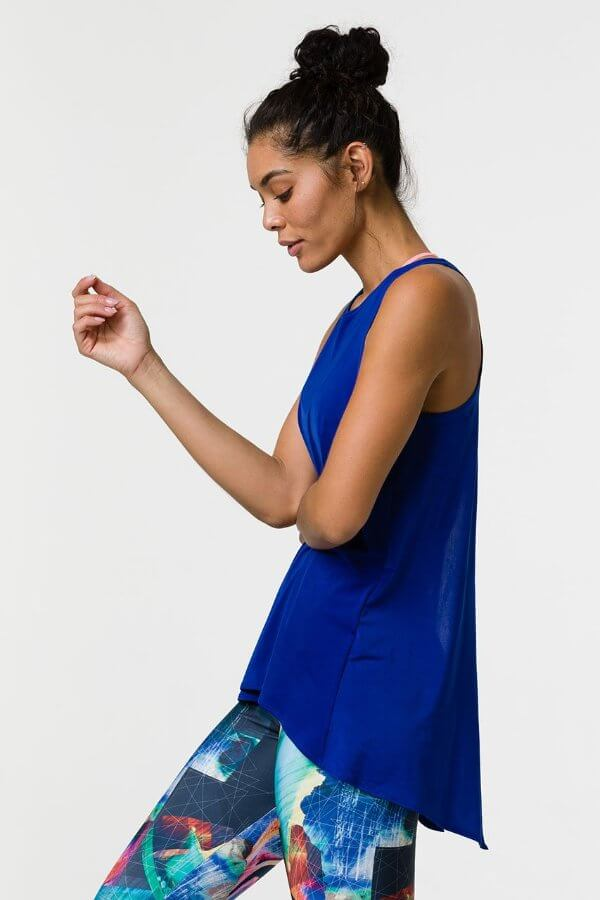 SEA YOGI // Onzie tie back tank royal, left