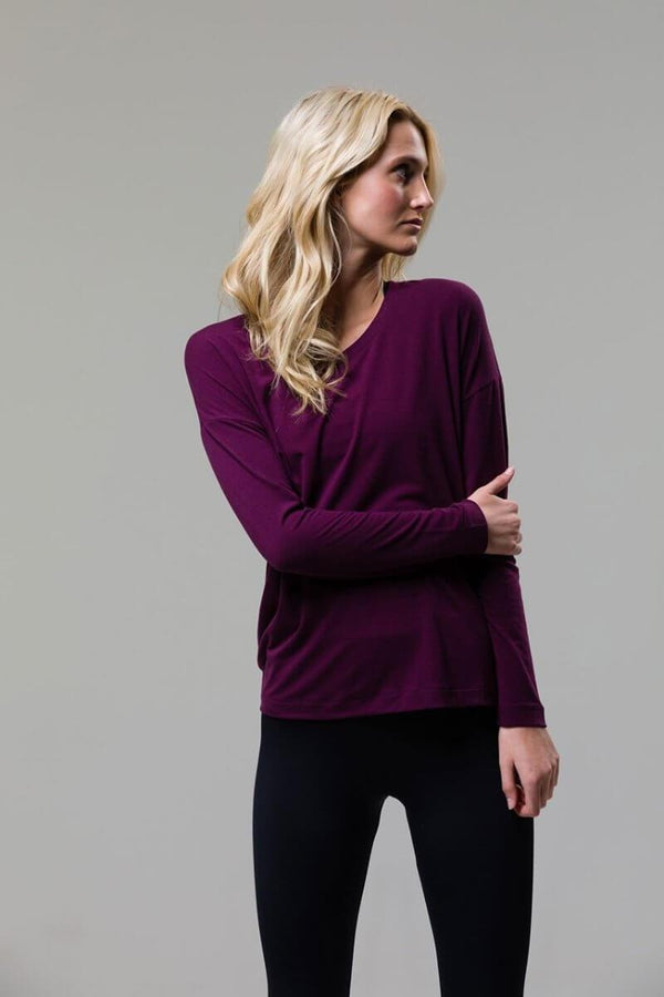 SEA YOGI // ONZIE braided long sleeve top en Aubergine, front