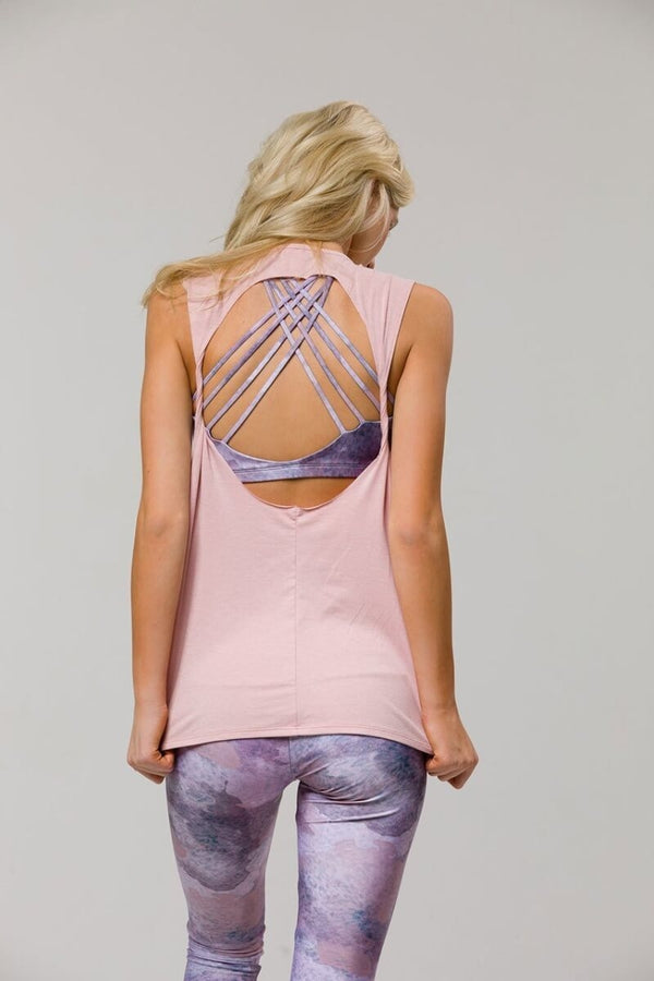SEA YOGI // Twist back yoga top in Blush from Onzie, back