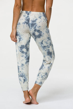 SEA YOGI // Onzie weekend jogger in tie dye, back