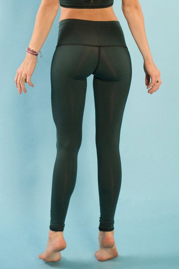 Teeki Hunter Green Hot Pants - Yoga Leggings and Tops – Sea Yogi 12bfe58d9aa7