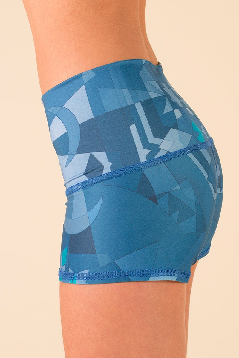 SEA YOGI // Teeki Lightning in a Bottle Sun Shorts side close up image