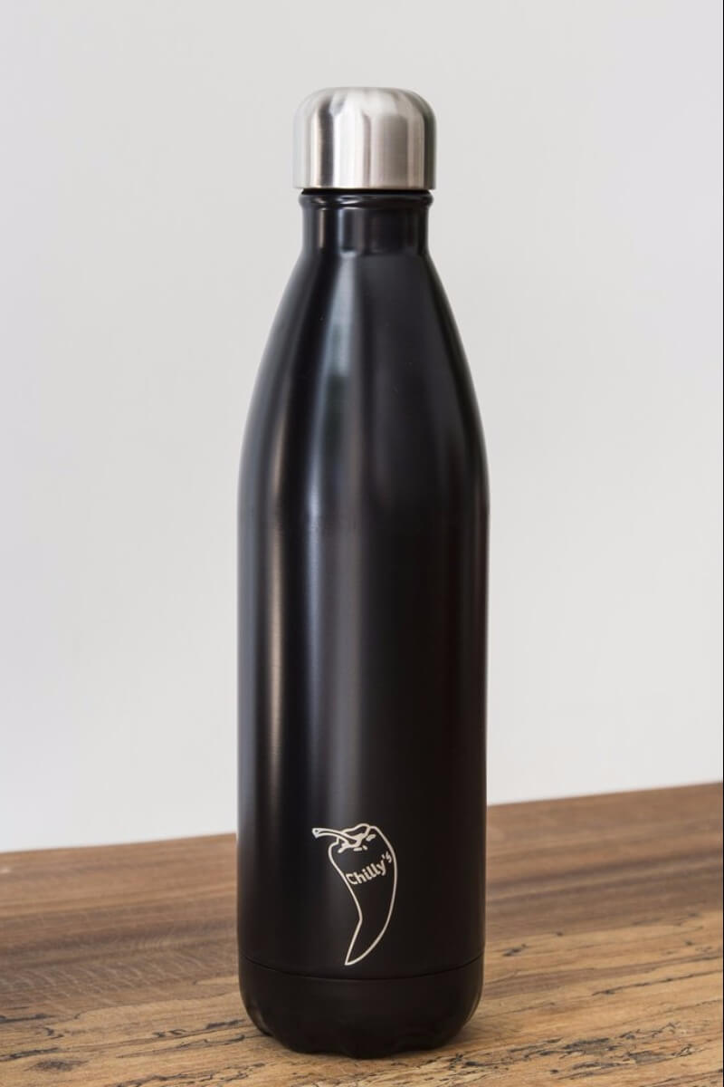 SEA YOGI // water bottles in black, 24 hours cold or hot by Chilly, 750ml