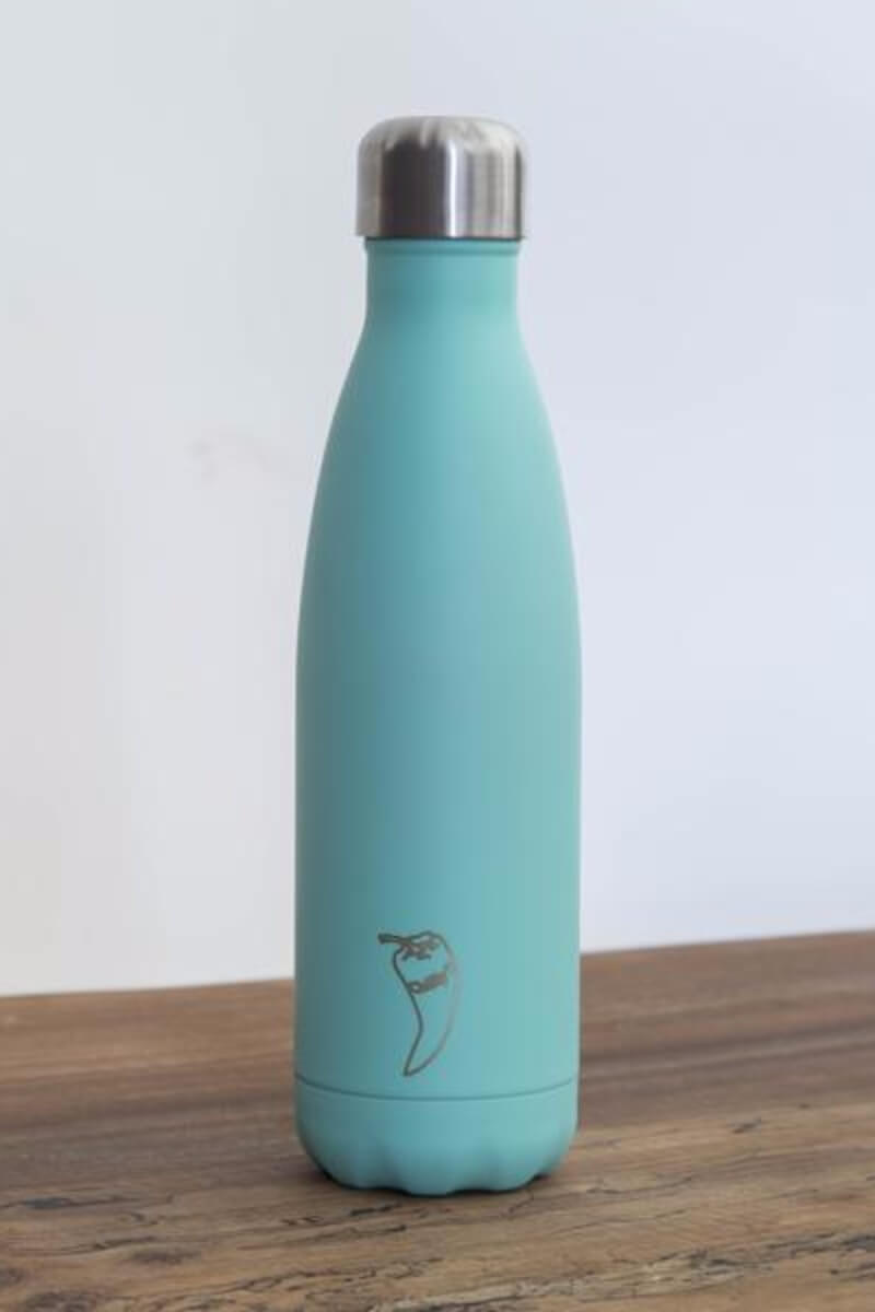 SEA YOGI water bottles in green, 500ml, 24 hours cold or 12h Cold by Chilly - Yoga Shop in Palma