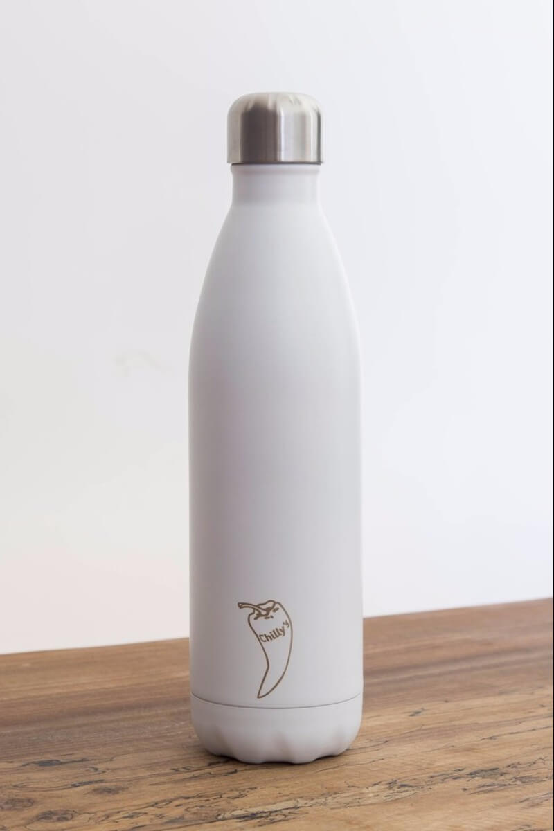 SEA YOGI water bottles in white, 24 hours cold or hot by Chilly, 750ml