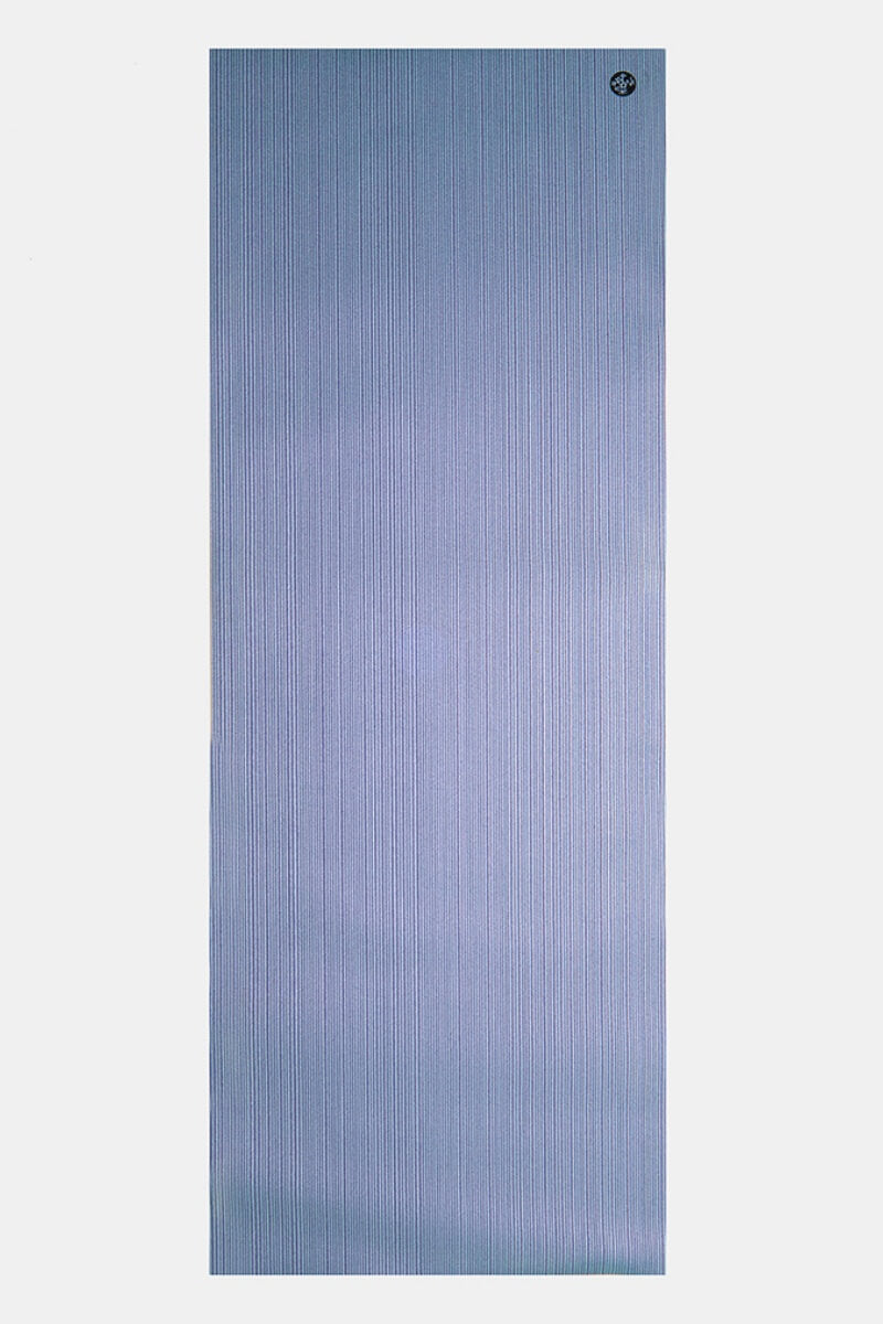 SEA YOGI Transcend PRO Yoga Mat from Manduka - flat lay - sprkling blue - Online Yoga shop from Europe