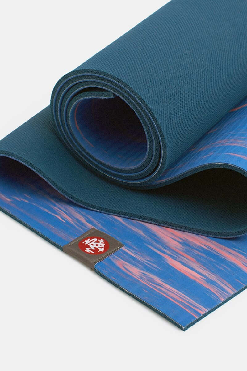 SEA YOGI Reef eKO Yoga Mat from Manduka - folded - blue and pink - Online Yoga shop from Europe