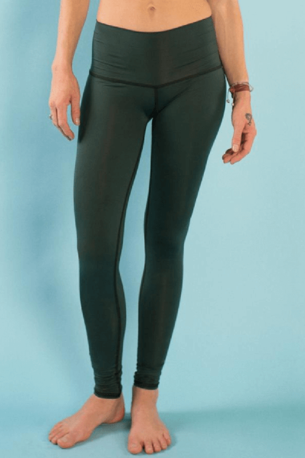 Sea Yogi // Hunter leggins de Teeki para yoga y pilates, frente