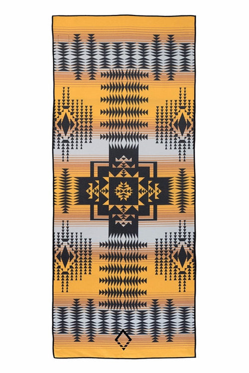 NOMADIX DOUBLE SIDED YOGA AND BEACH TOWEL IN ROSWELL STYLE AND FRONT
