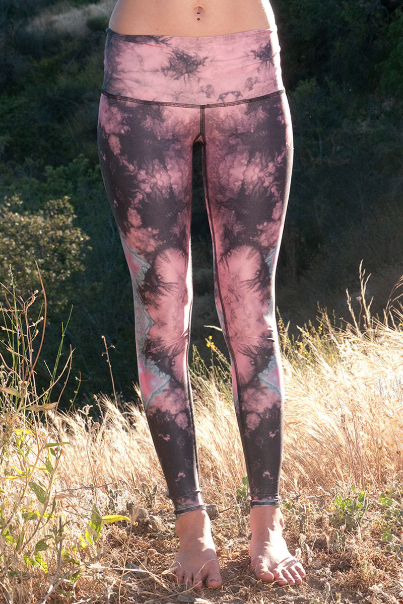 TEEKI EAGLE FEATHER HOT PANT - PINK - FRONT IMAGE - Sea Yogi