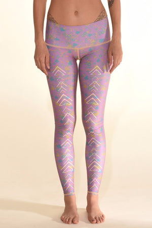 TEEKI MEADOW HOT PANT FRONT IMAGE - Sea Yogi