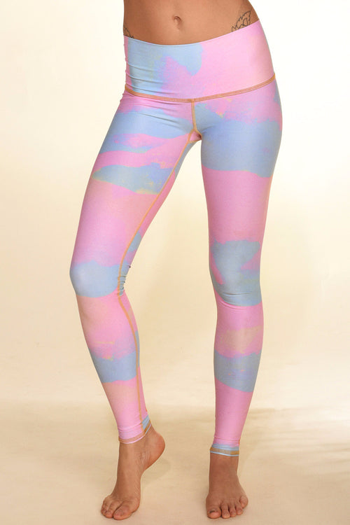 TEEKI NEW MOON HOT PANT IN RAINBOW COLOUR AND FRONT IMAGE - Sea Yogi