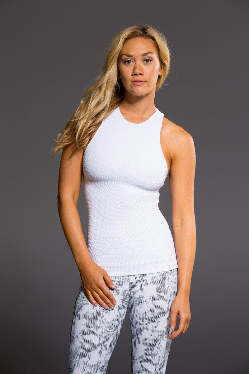 Onzie // Long x back tank top in white and of the front - Sea Yogii