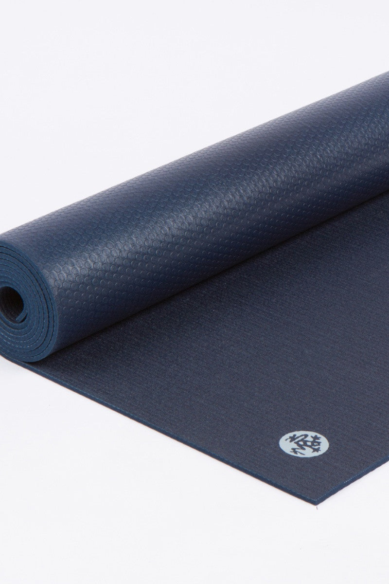Manduka Prolite 5mm mat in midnight style, rolled