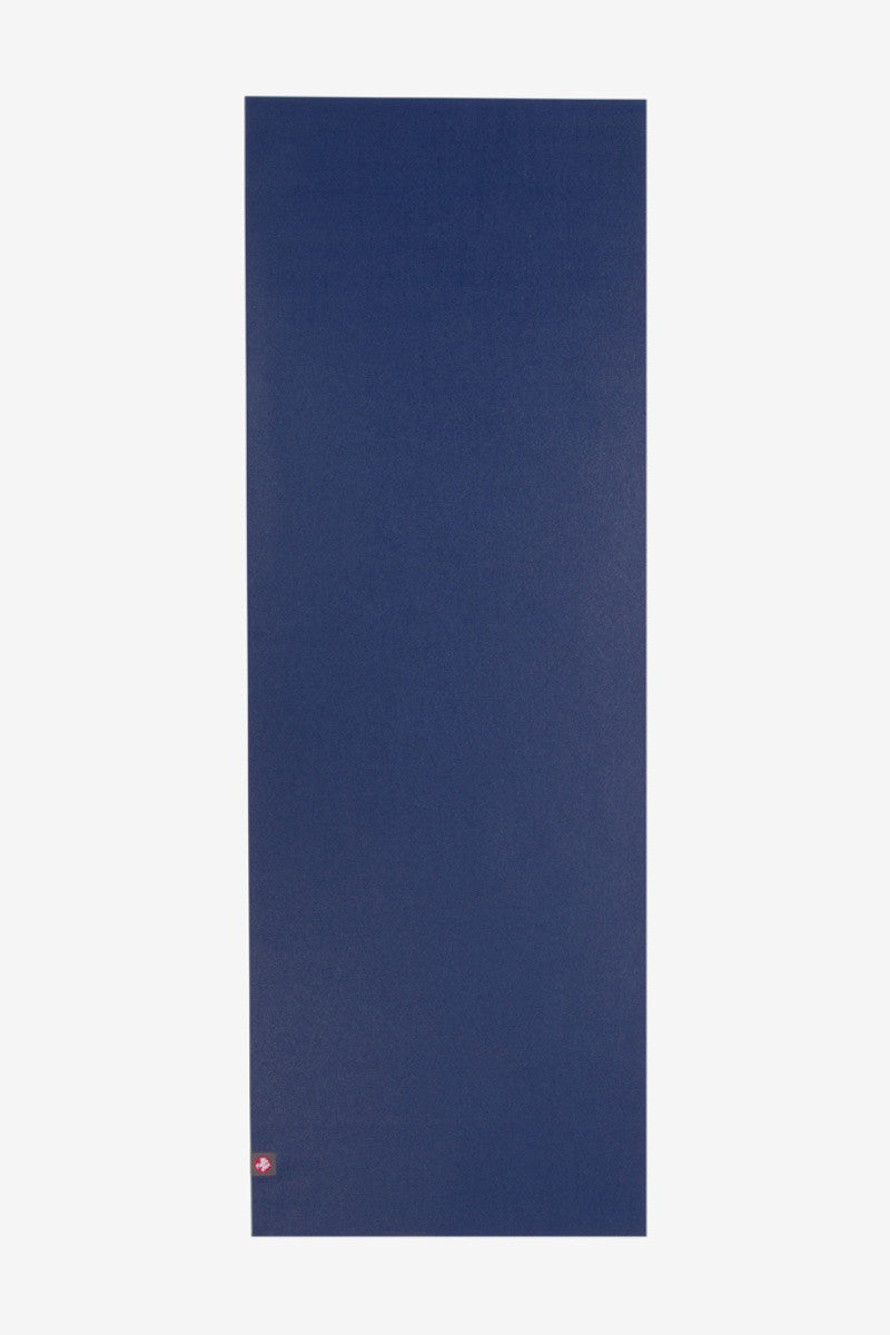 MANDUKA EKO SUPERLITE TRAVEL YOGA MAT IN  NEW MOON AND SPREAD OUT IMAGE