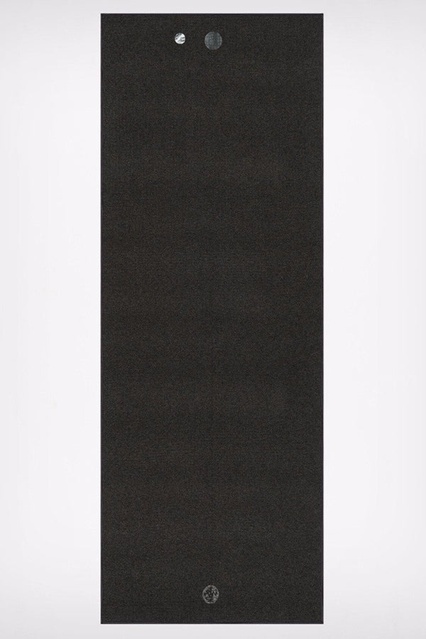 MANDUKA YOGITOES SKIDLESS MAT TOWEL ONYX SPREAD OUT IMAGE