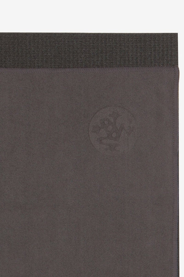 MANDUKA eQUA HAND YOGA TOWEL THUNDER STYLE AND CLOSE UP IMAGE