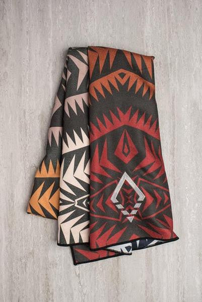 Nomadix Double sides Yoga and Beach towel in Cayambe Earth style, front image - Sea Yogi