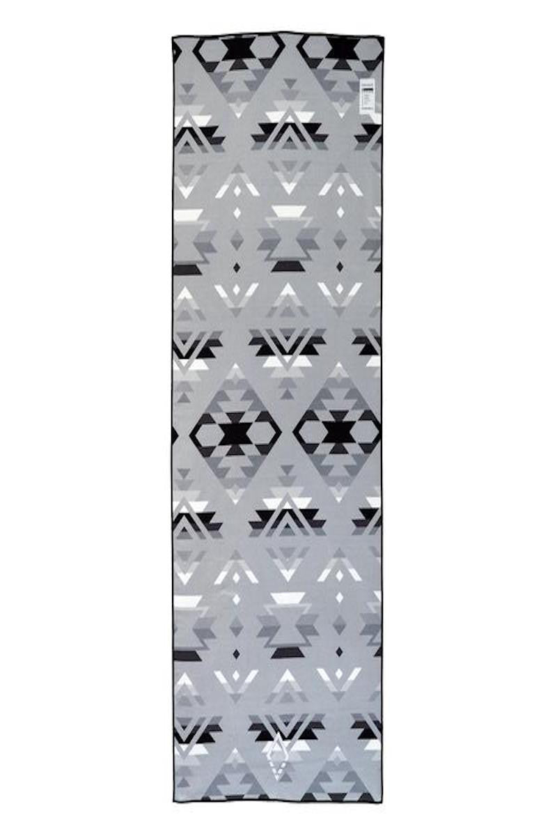 Nomadix Double sides Yoga and Beach towel in Pwn High Alpine style, back image - Sea Yogi
