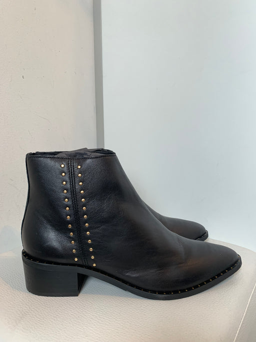 Elena Leather Boots With Studs Black