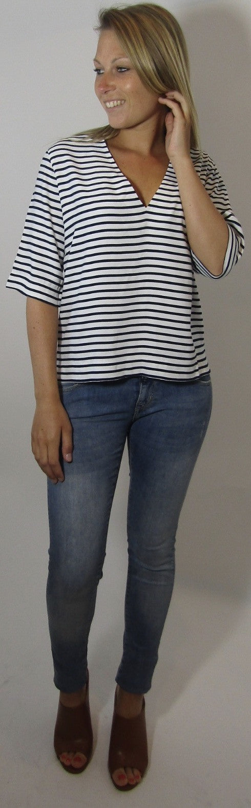 Linne Dark Blue Striped Shirt