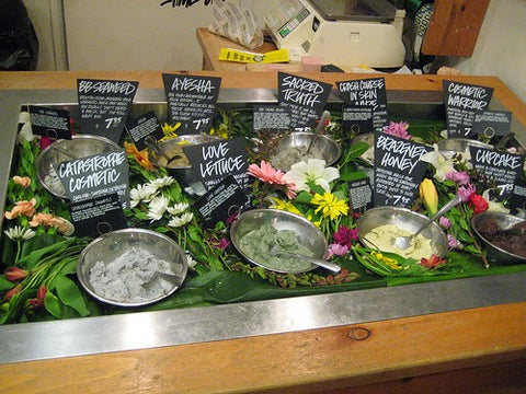 lush-face-mask-display