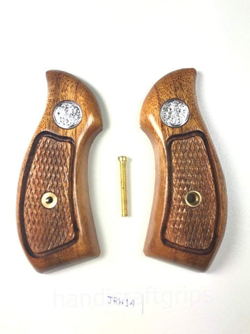 New Smith & Wesson S&W J Frame Round Butt Bodyguard Grips Silver