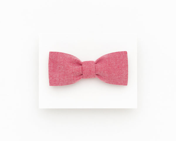 Light red bow tie